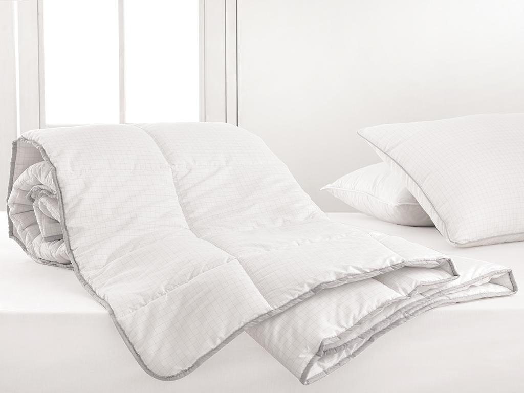 Free Antistress Quilt Double Size 195x215 Cm White