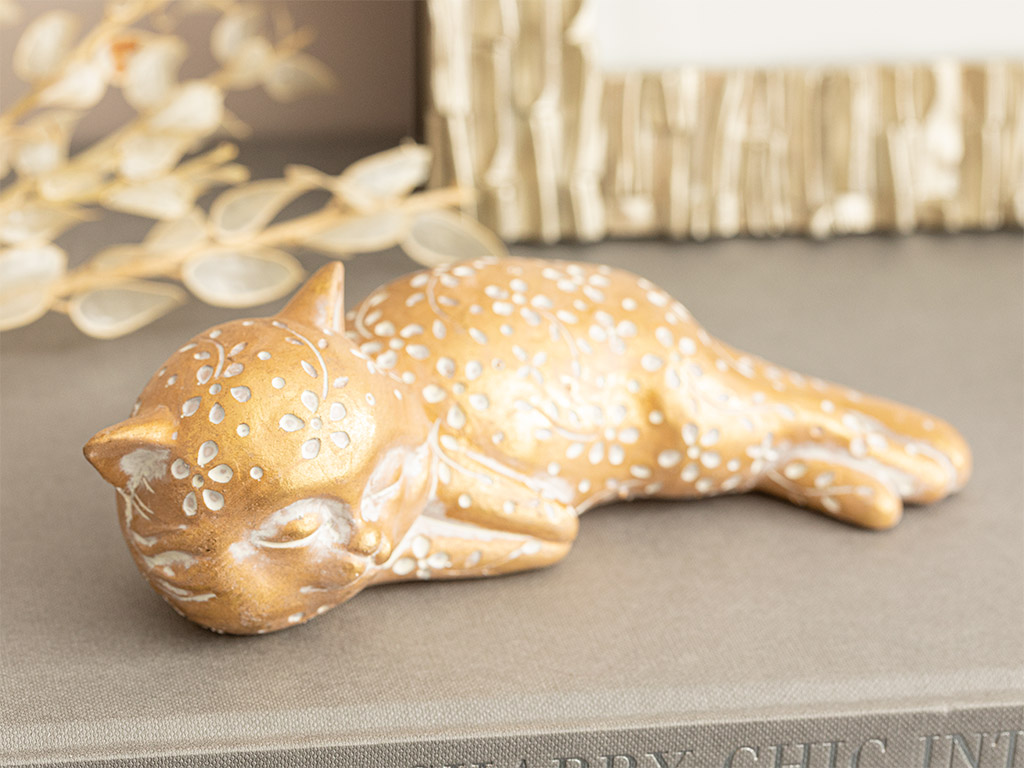 Forward Looking Cat Polyresin Decorative Object 17,8x7,5x5,5 Cm Gold