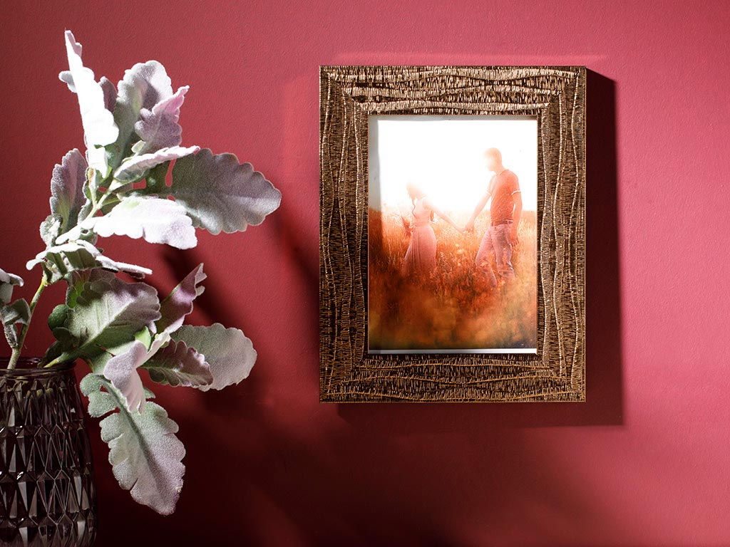 Quiny Plastic Frame 13x18 Cm Gold