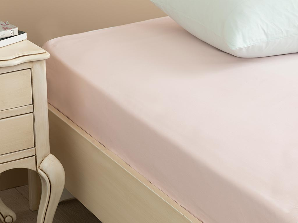 Plain Cotton Fitted Bed Sheet 140x200 Cm Light Pink