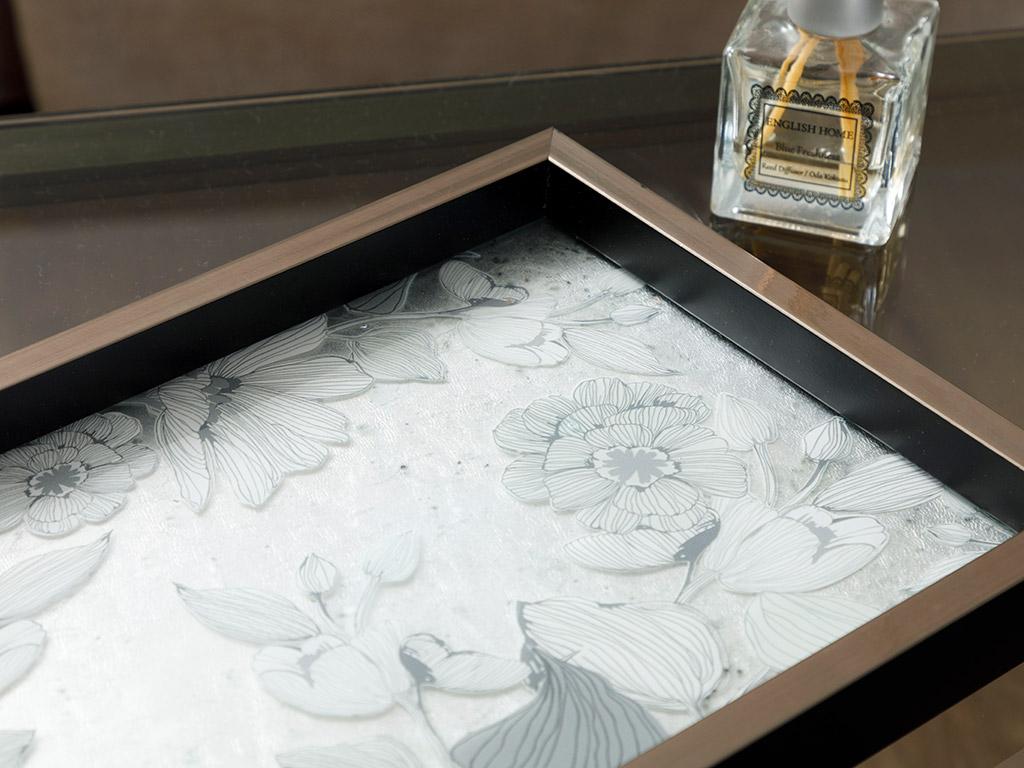 Monochrome Glass Decorative Tray 22x37 Cm Black