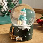 Snowman Polyresin Snow Globe Yeşil