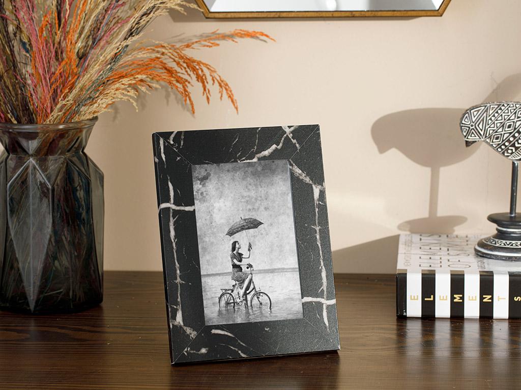 Marble Mdf Frame 15x15x38 Cm Black