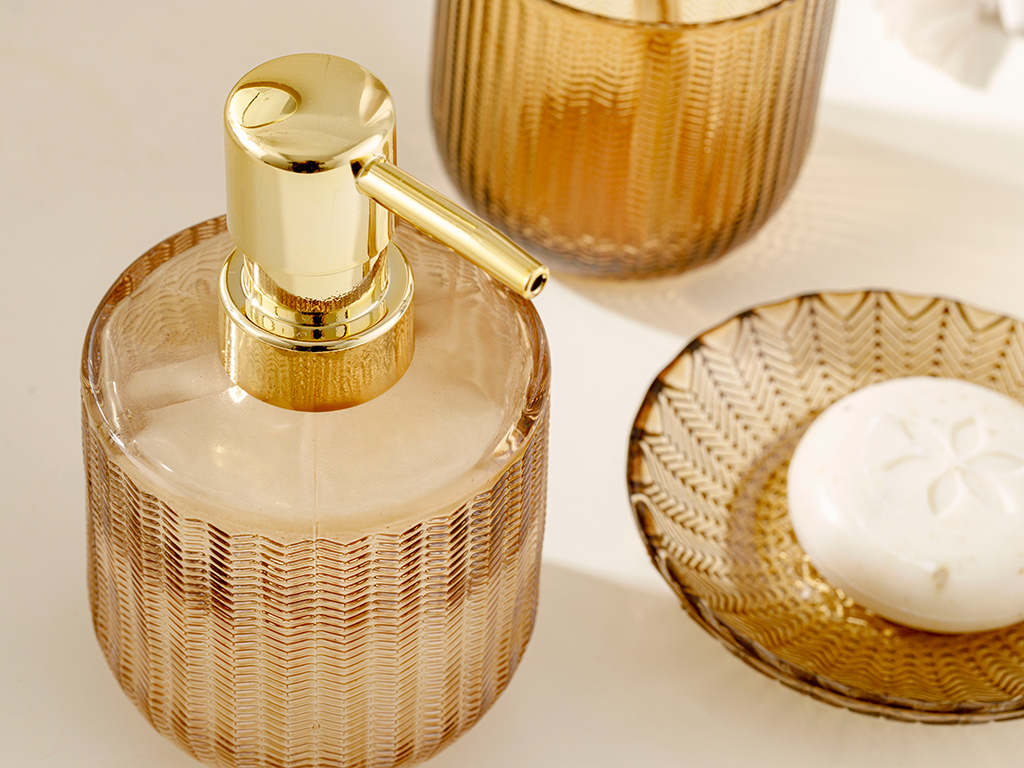 Felicia Glass 3 Set Bathroom Set Amber