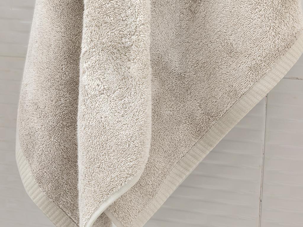Leafy Bamboo Bath Towel 70x140 Cm Beige