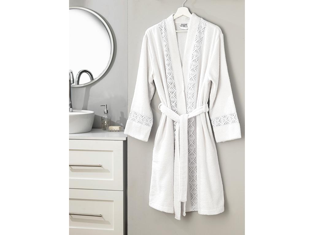 Lacy Laced Bathrobe L-XL White