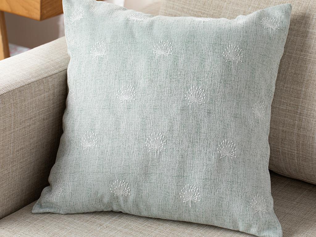 Dandelion Embroidered Cushıon Cover 45x45 Cm Water Green