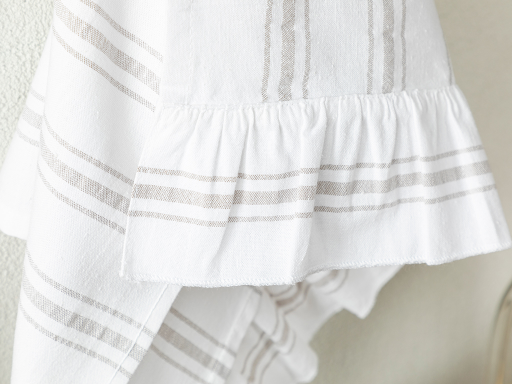 Cotton With Frills Dryıng Cloth 40x60 Cm White