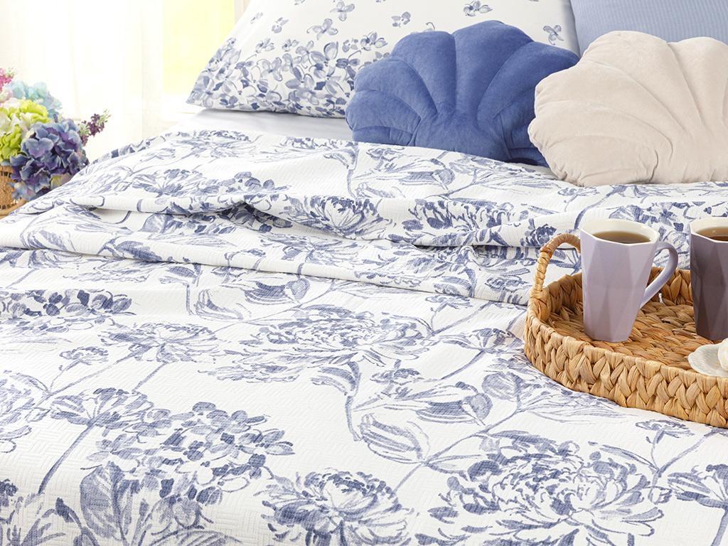 Hydrangea Garden Printed For One Person Summer Blanket 150x220 Cm Hydrangea
