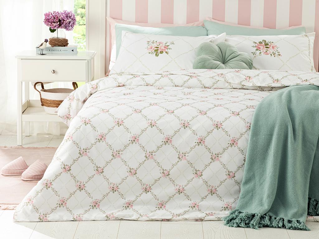 Rose Chain Cottony King Size Duvet Cover Set Pack 240x220 Cm. Light Pink