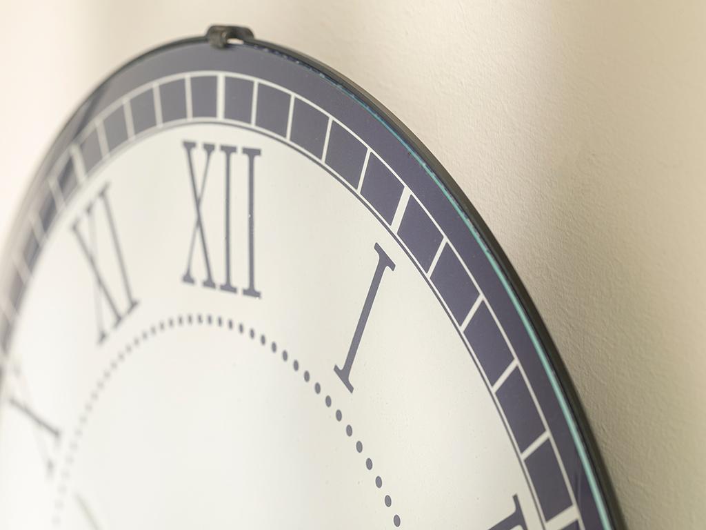 Elite Wall Clock 35 - 39 Dark Blue