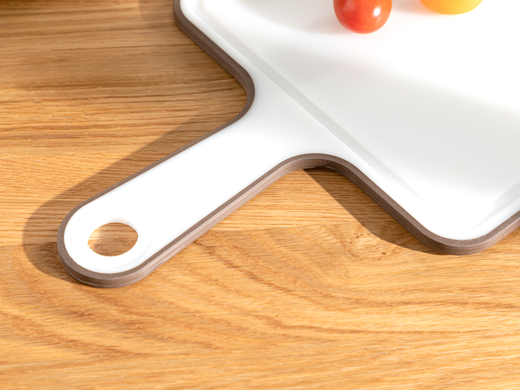 Basic Plastic With Handle Cuttıng Board 35cm Brown,